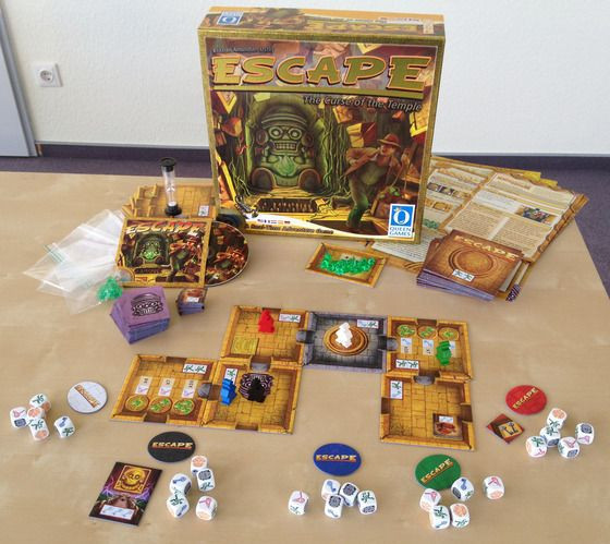 Setup and game play of ESCAPE: the curse of the temple