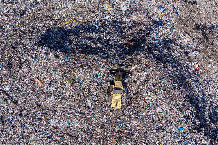 odpady parallax.jpg
