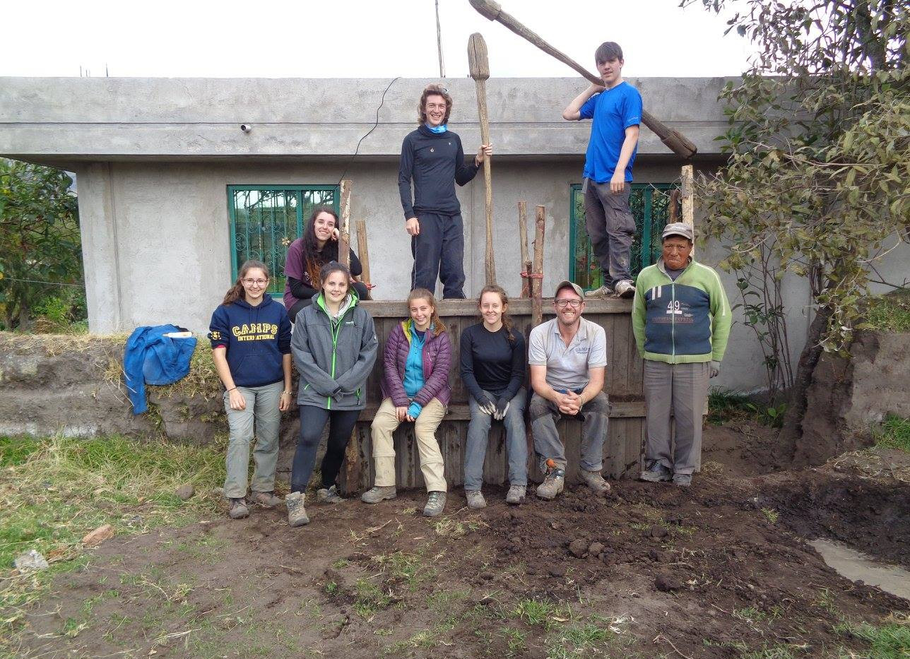 cayambe mud wall team.jpg