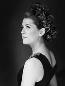 - Studio the first, Grazie vermittelt ein Rope-Wreath mit soft Top -