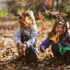 Kinder in der Natur-Kindergarten-Kita.jp