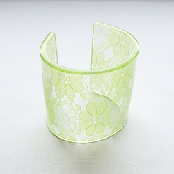 cuff resin/lace lime