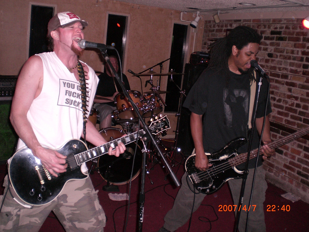 Rockin' out at The Distillery in Sacramento, CA.  Photo By Aaris A. Schroeder, Editor-In-Chief