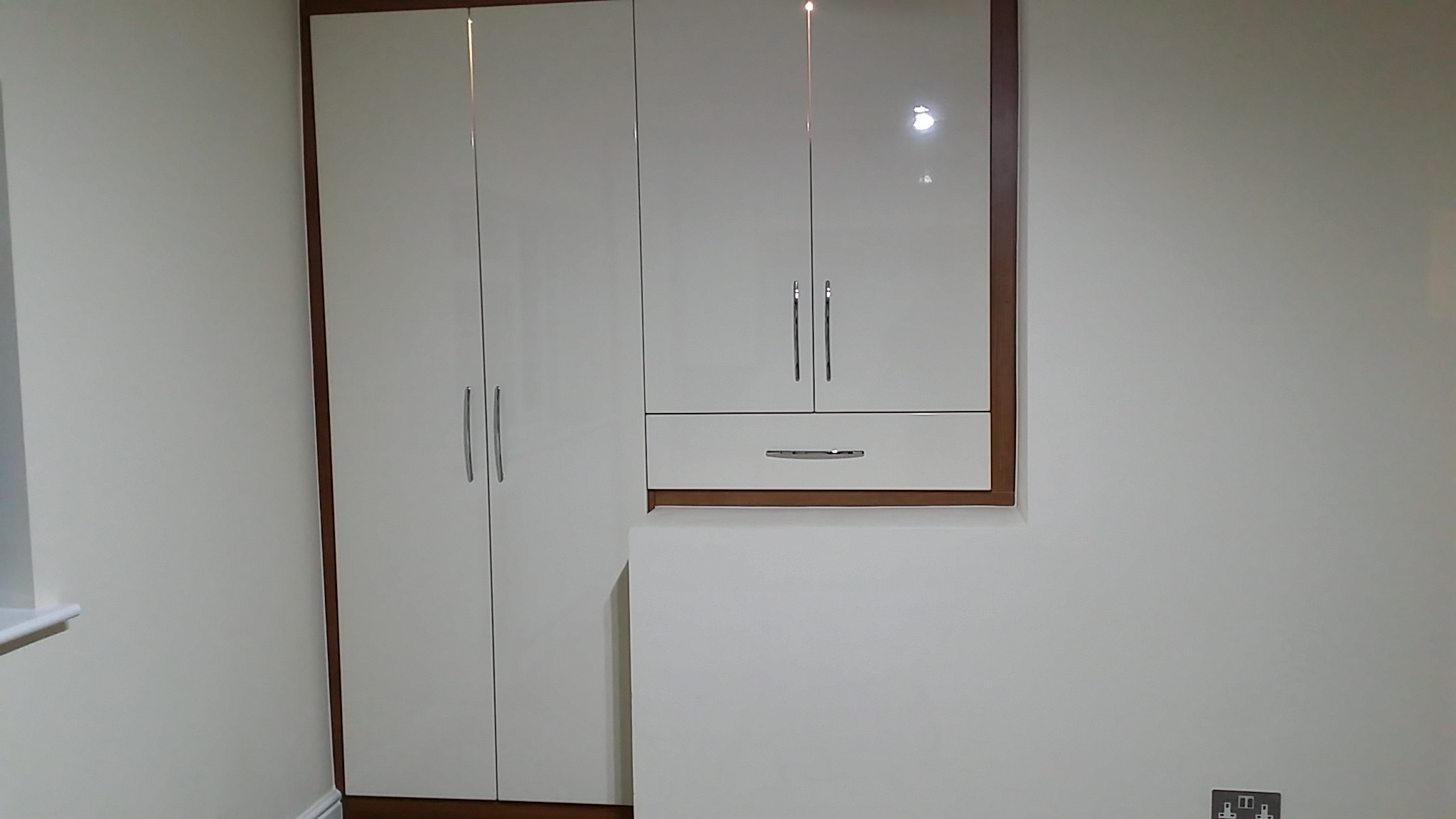 Room Fitted Wardrobes (4).jpg