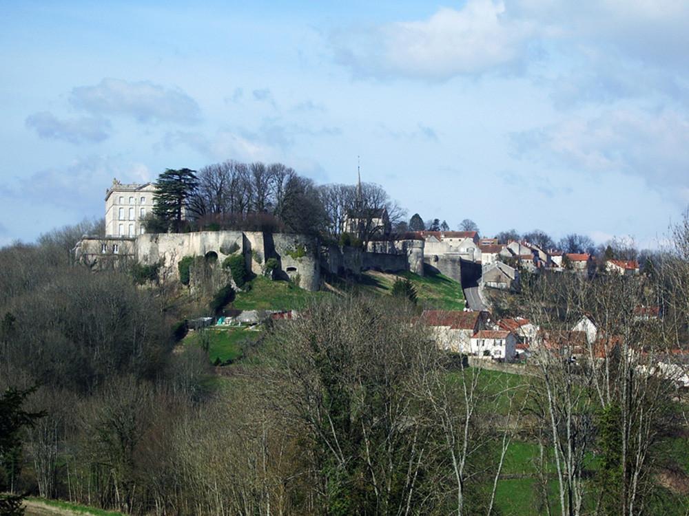 Grancey Le Chateau