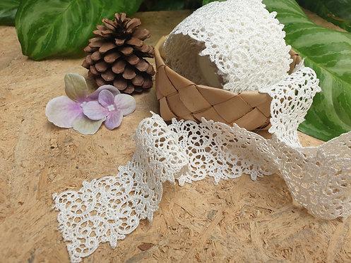 Vintage lace ribbon - ริบบิ้นผ้าลูกไม้วินเทจ