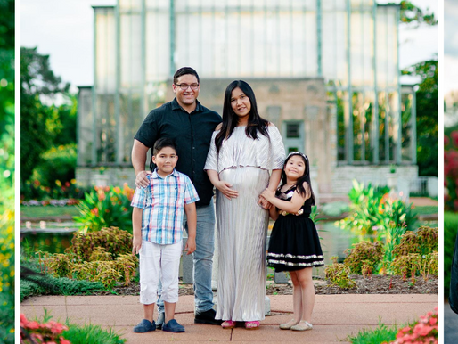 The O'Laughlins | Maternity Portraits at the Jewel Box in Forest Park | St. Louis Photography