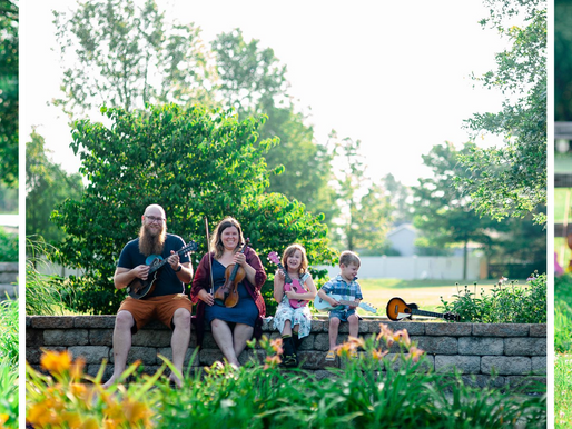 The Finleys | A Reveal Session at Drost Park in Maryville, IL | Laura Hocking Photography