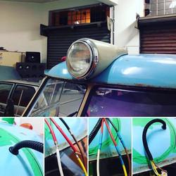 Instalação do _farol auxiliar_ na _vovozinha_! #padrãoCBAudio #Kombi #VW