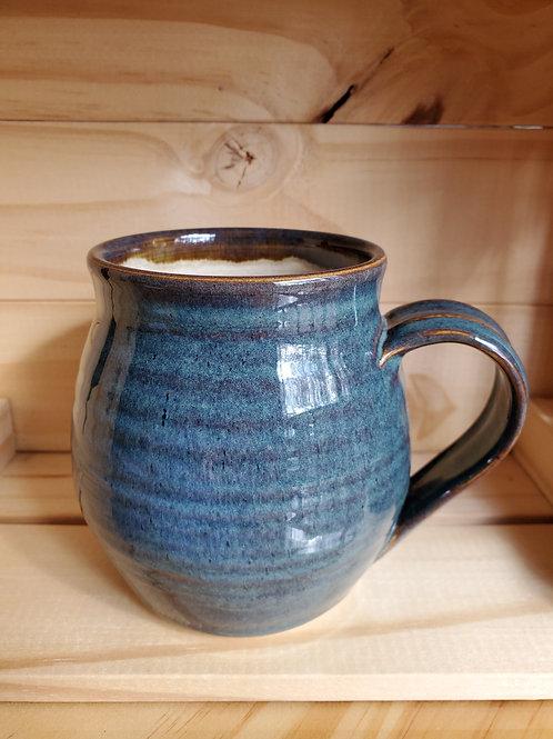 Blue round mug