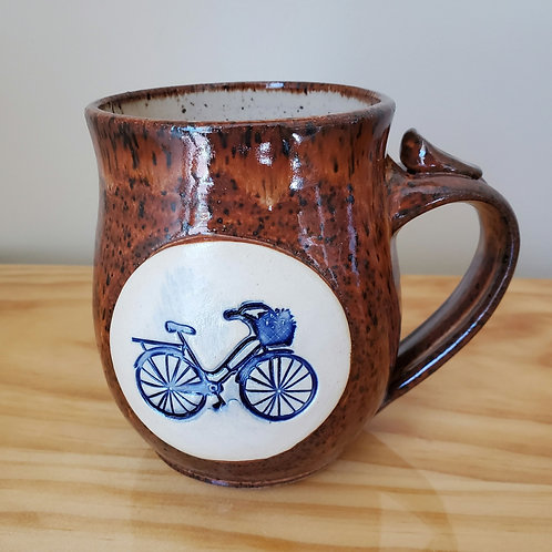 Bike with a basket Mug
