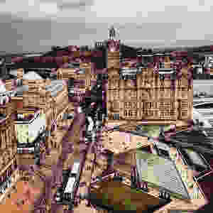 travel blog and lifestyle photo, Edinburgh, Scotland, Europe,