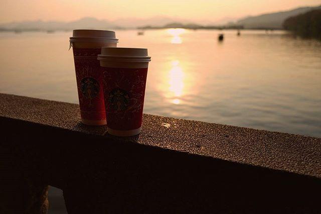 travel blog and lifestyle photo, coffee, edinburgh, scotland, ranking, europe