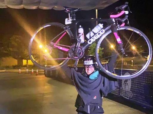 Ela fez 1.500km de bike em 3 dias e levou a prata no Race Across the West