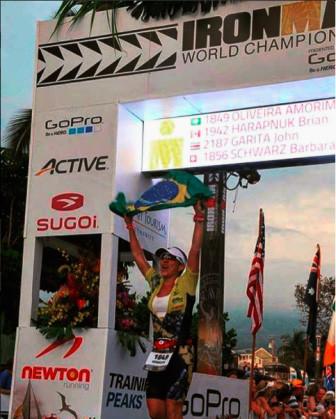 Ironmãe Rose no Mundial de Ironman em Kona no Hawai
