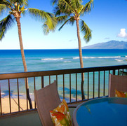 Oceanfront dining.  Best seat in the house!