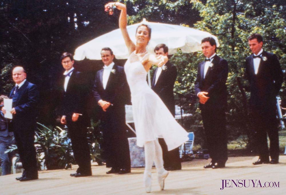 Ballet dancer Anne Parshall at belly dancer Jensuya and Bob's wedding in 1987.