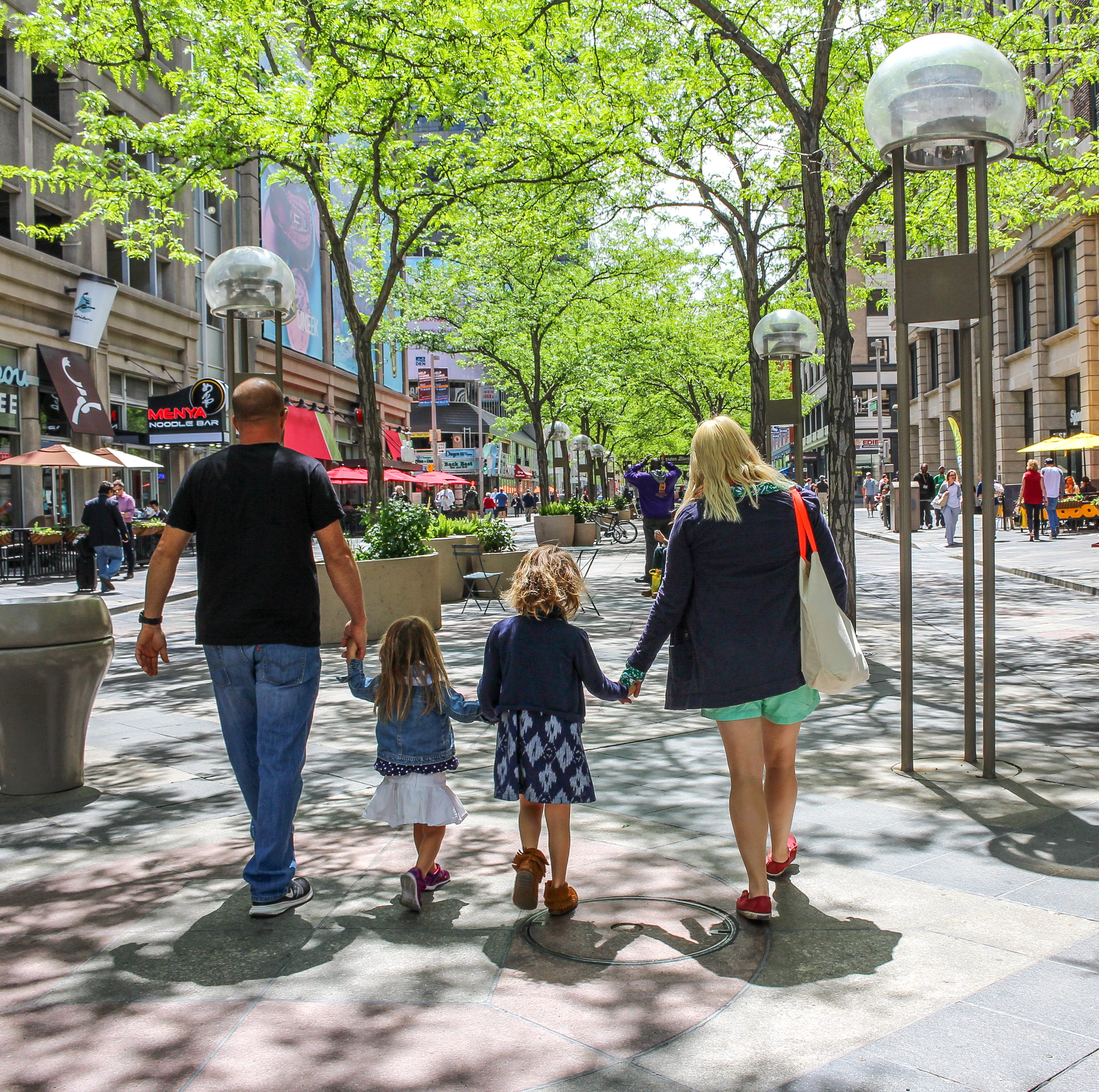 tours in Denver with Denver Walking Tours 16th Street Mall