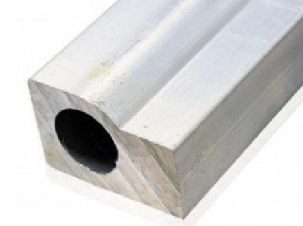 Universal Fuel Rail 16mm