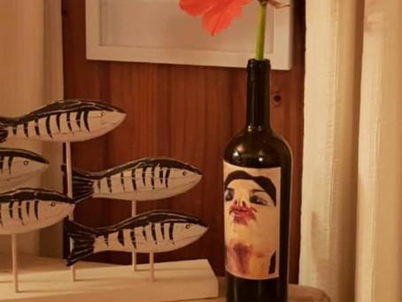 ¿Qué hacer con las botellas después del vino?