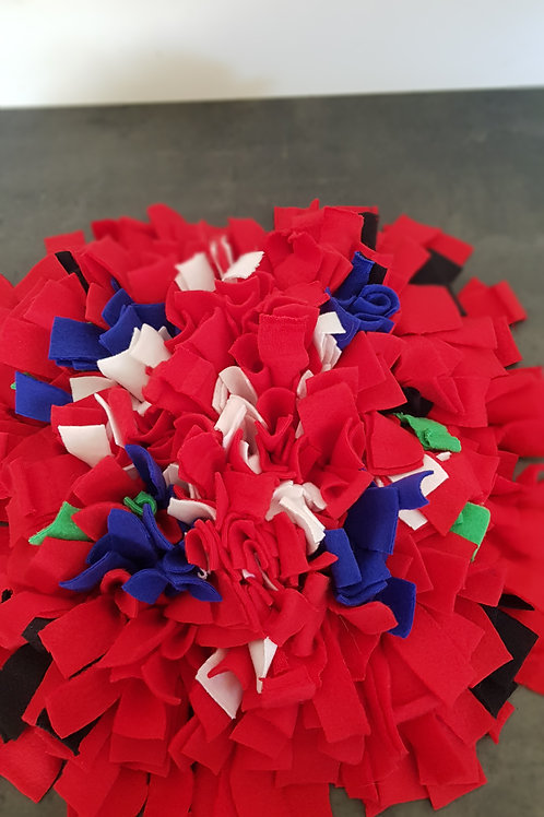 Red with dash of colour snuffle mat