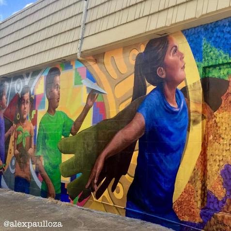 Dreaming Forward/ Soñando mural