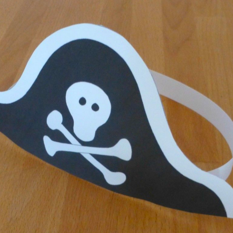 Guided Craft - Pirate Hats Craft
