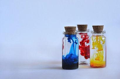 bottles-4387824_640.jpg