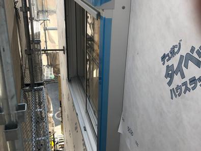 外壁工事の要。透湿防水シートの施工。。。