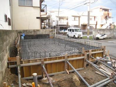 新築工事 順調に進んでおります。