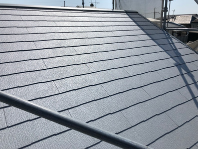 屋根工事が完了しました。