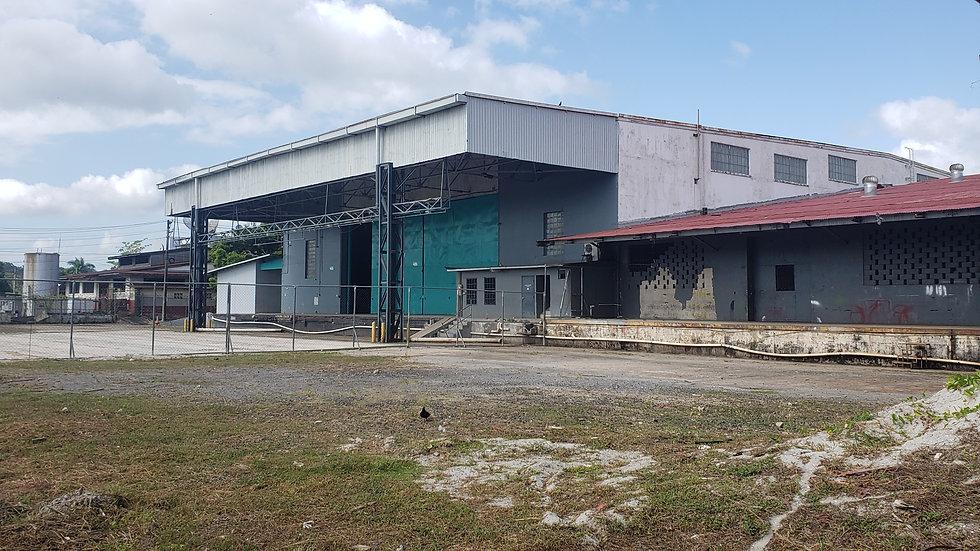 Bodega y patio de operaciones, Curundú