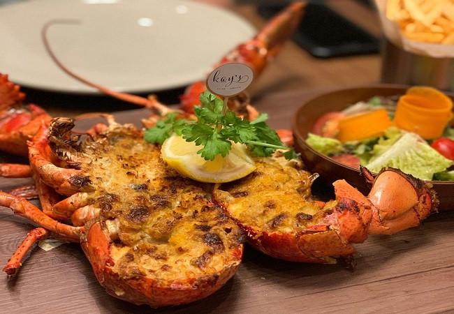 fresh lobster omelet