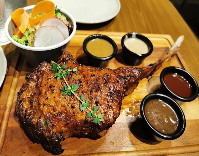 steak and lobster Kl