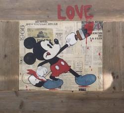 Mickey LOVE
