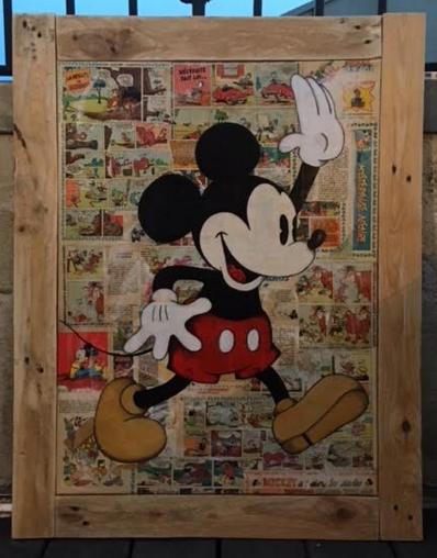 Mickey joyeux