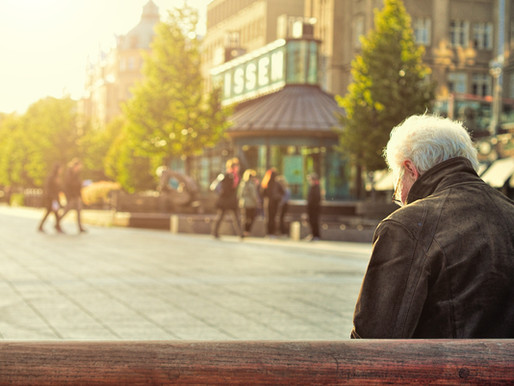 Social Security, Savings Advice, and Annuities