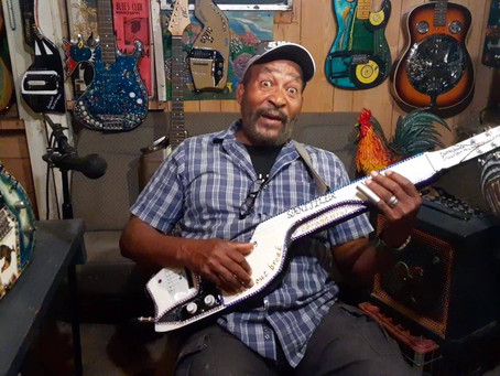 Superchikan's soundcheck: the Sanitizer guitar plays a new Corona-blues classic