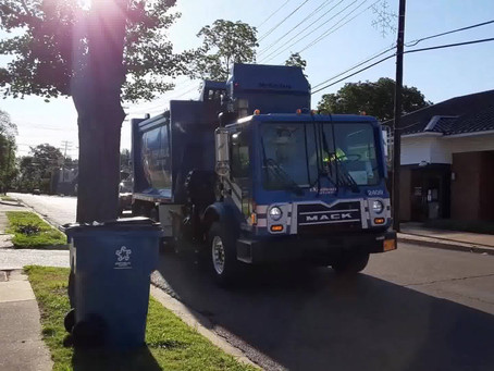 A garbage truck for Gabriel (and all you toddler-parents out there) (video)