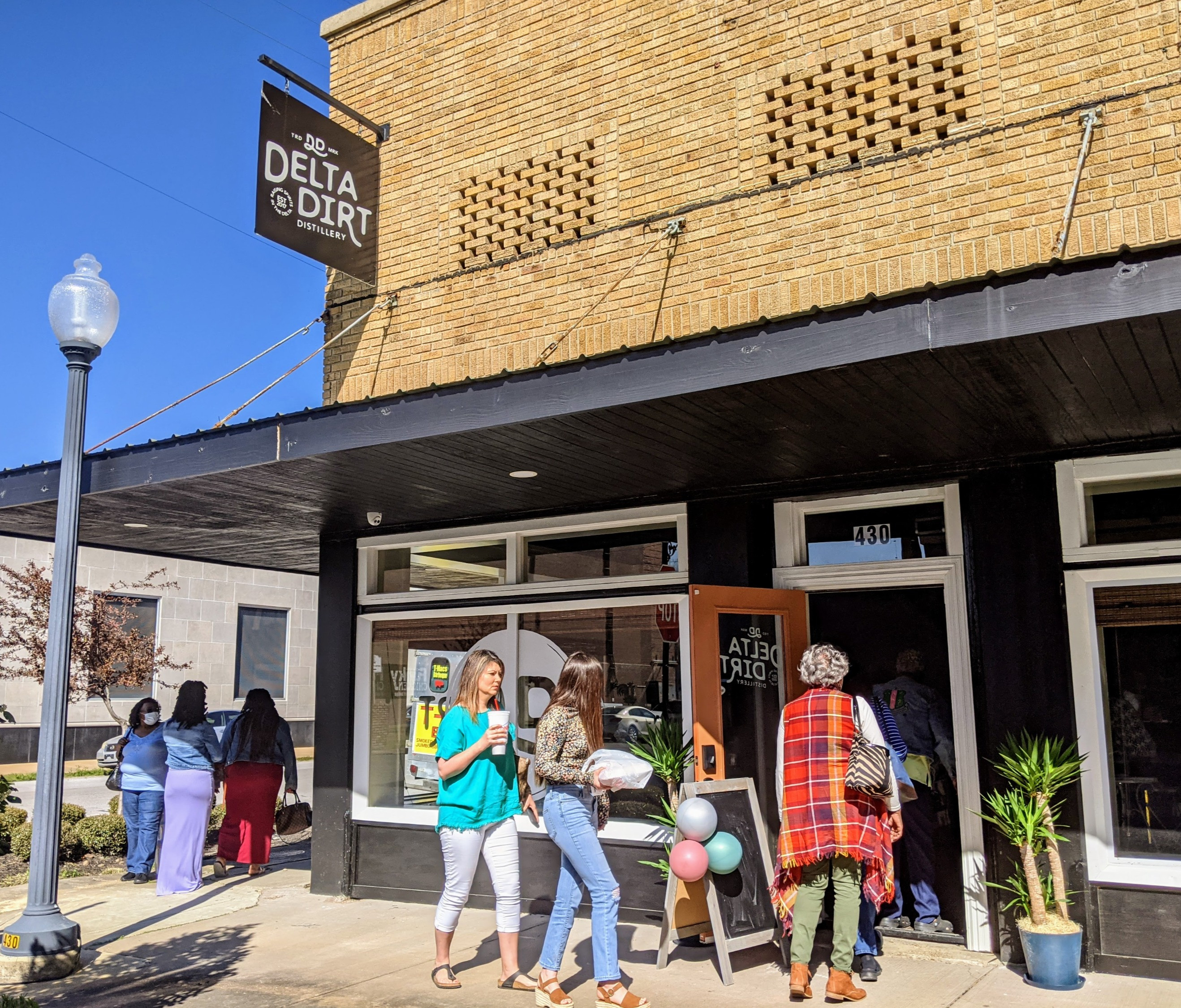 Experience Helena: Distillery Tours