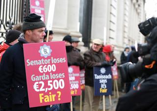 GARDA PROTEST L 3 copy.jpg