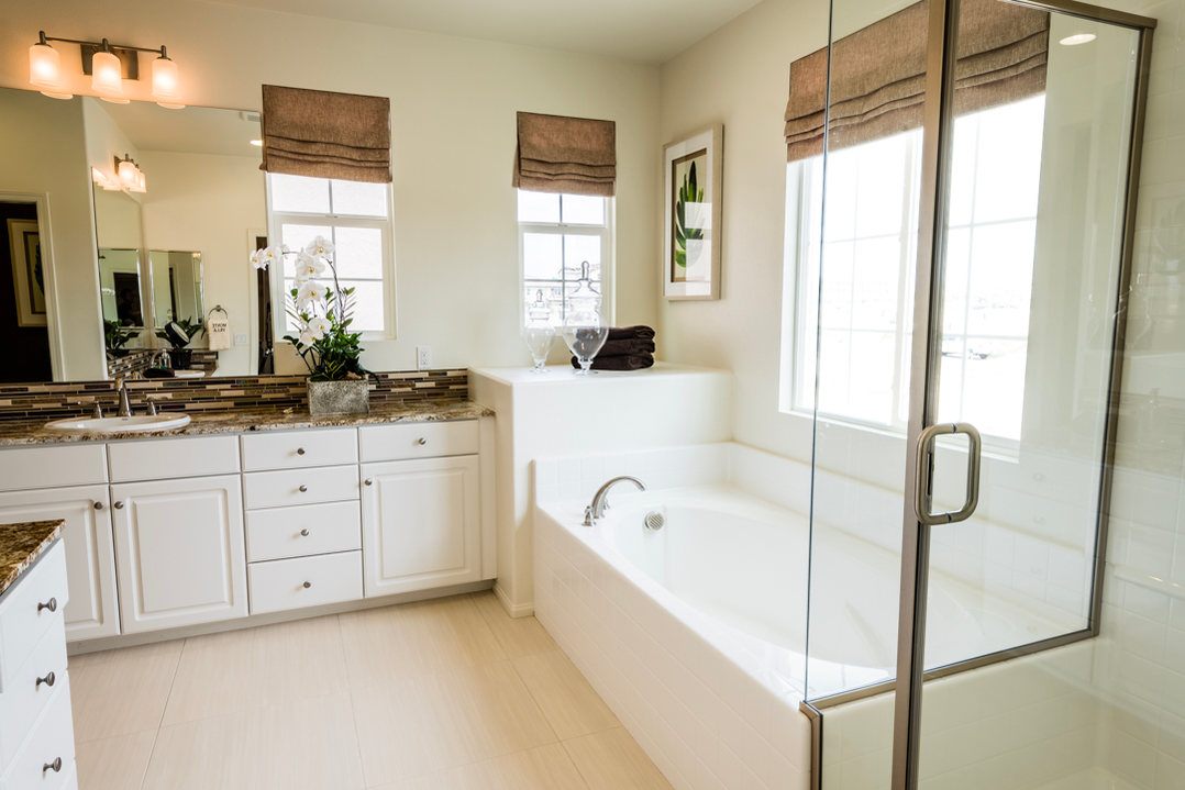 Monte Villa Residence 2 Master Bathroom