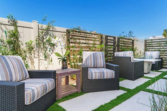Alay Residence 2 Backyard