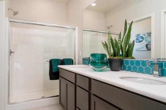 Suwerte Residence 2 Master Bathroom