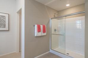 Suwerte Residence 4X Shower