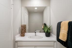 Suwerte Residence 6 Master Bathroom