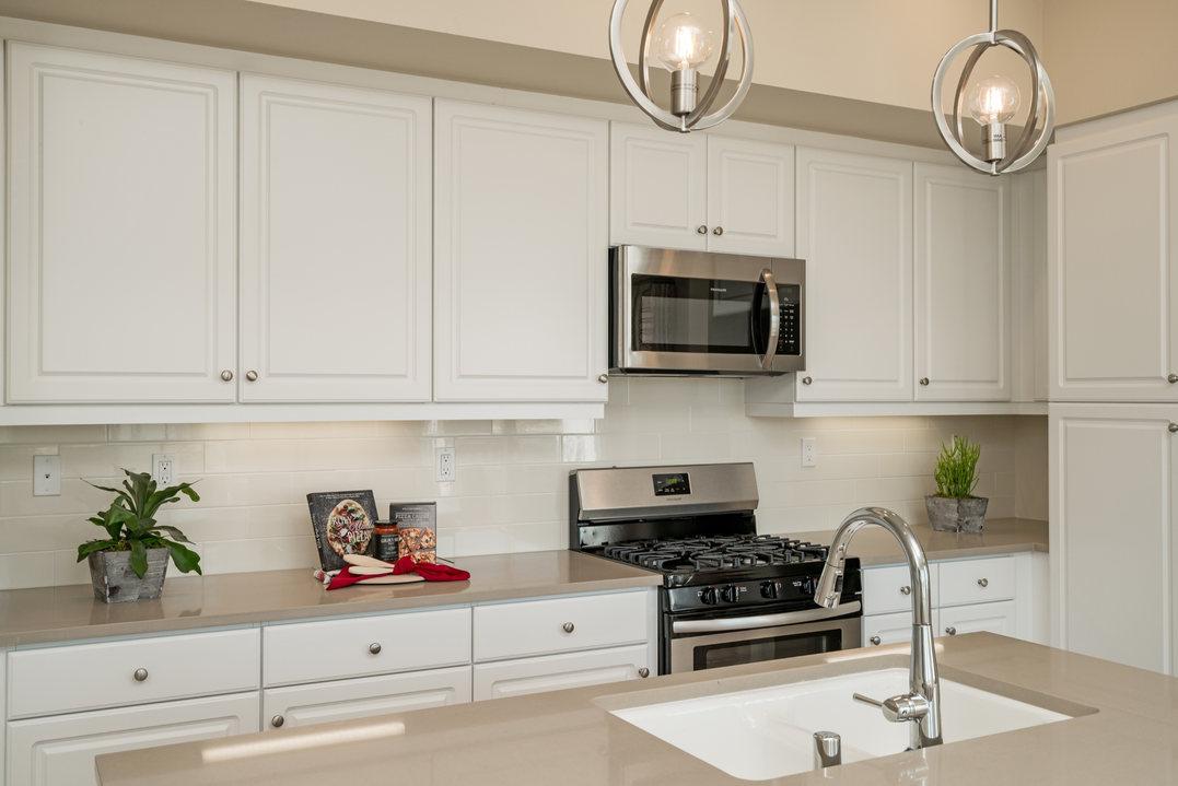 Suwerte Residence 1 Kitchen