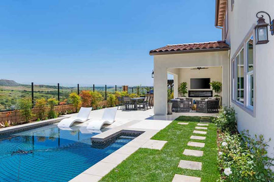 Bella Sitia Residence 3 Pool Angle