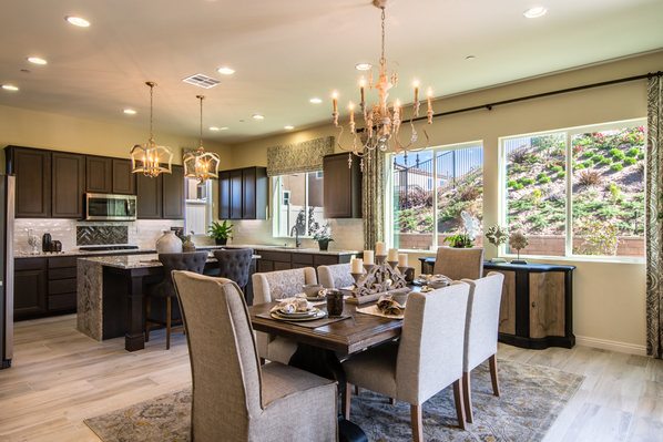 Signature Residence 1 Dining Table