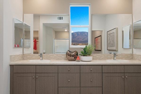 Suwerte Residence 4X Bathroom